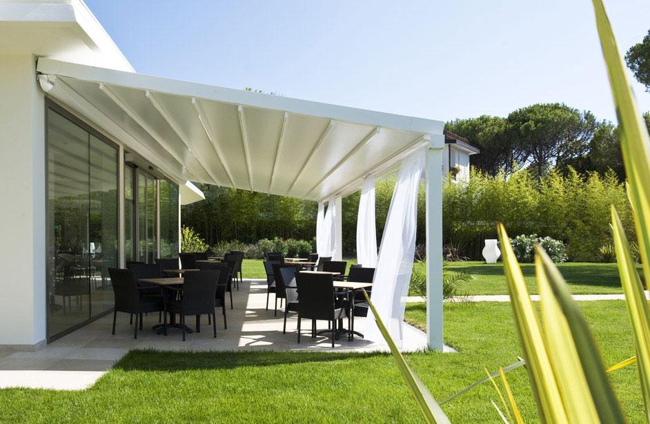 Tende Per Veranda Roma : Tende da giardino lipomo idea casa molteni